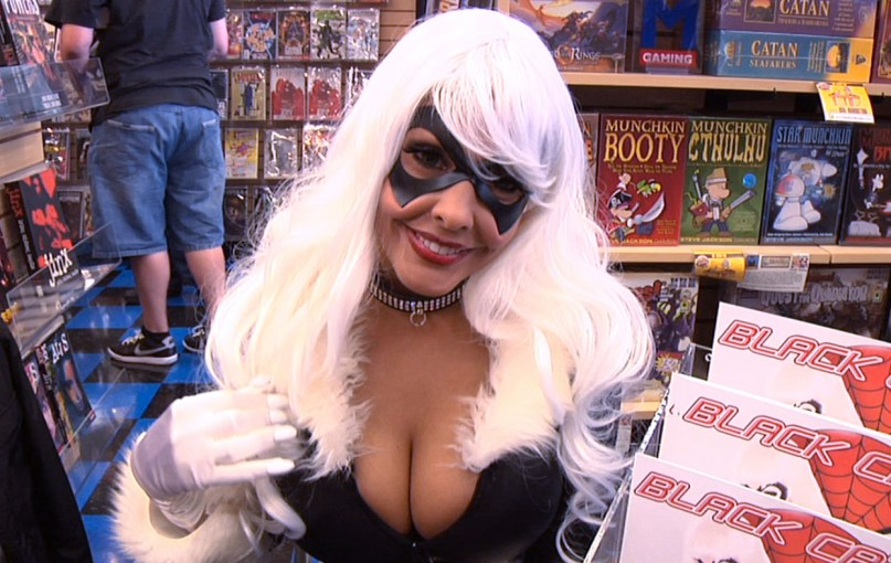 Nerdlocker Shoutout from Black Cat (aka Nina Mercedez)!