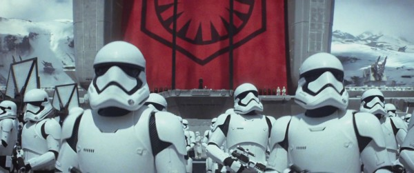 han-solo-r2d2-and-kylo-ren-appear-in-the-star-wars-vii-teaser-stormtroopers-get-a-new-lo-360333