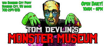 Cake Blissken does Tom Devlin's Monster Museum: